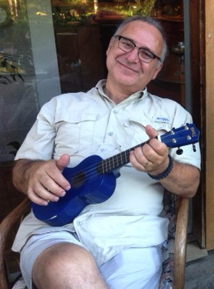 "Martin ""in the Morning"" Huhn playing a Ukulele"